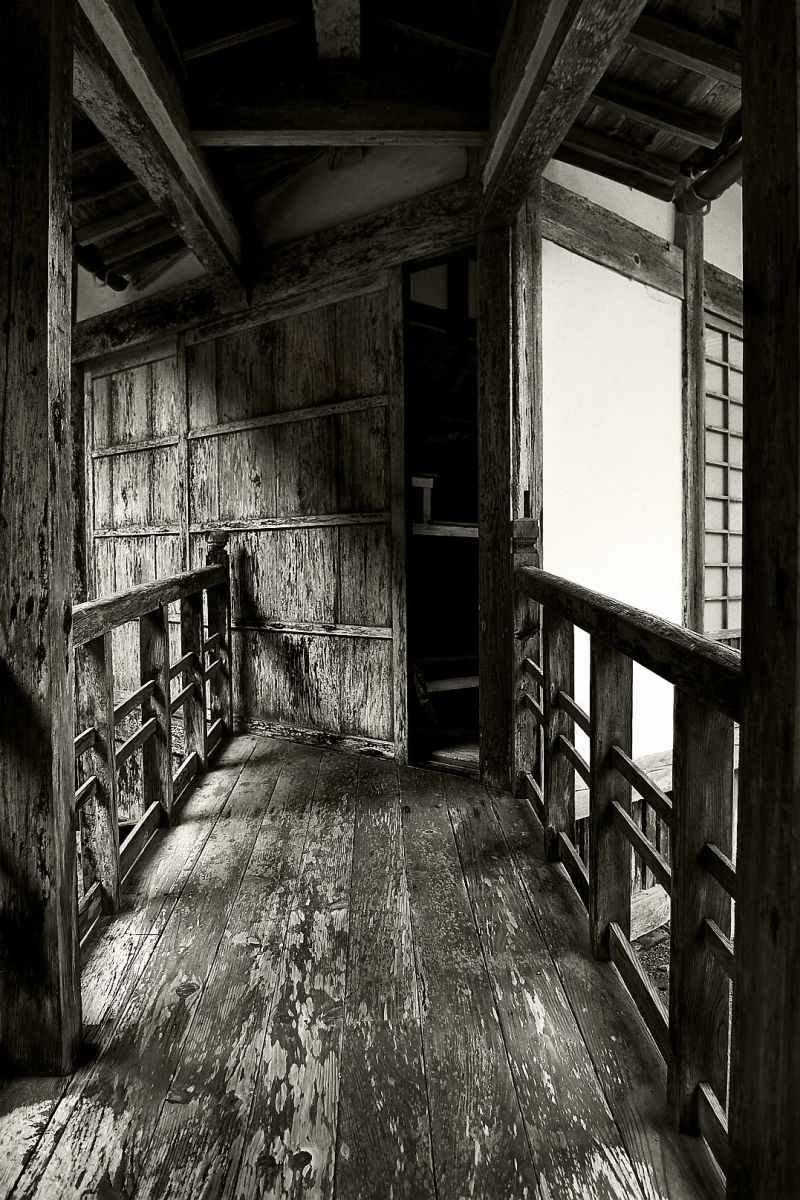 The entrance to the Zendo (meditation hall) of a Zen Buddhist temple on the Japanese west coast. (2009) - Pepijn Sauer